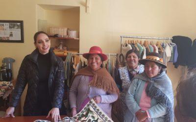 Señora Perú se convierte en embajadora de mujeres aymaras